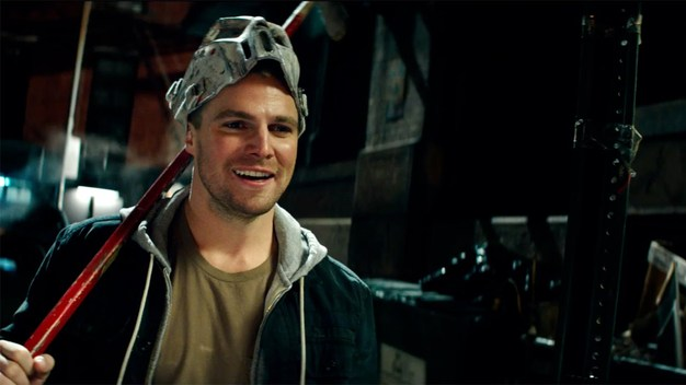 36190303tmnt2-amell-casey-jones-1280-1464822876977_large