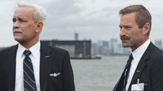 tom-hanks-and-aaron-eckhart-in-sully-jpg