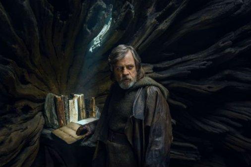 Luke-Skywalker-Last-Jedi
